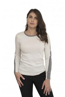 Off white γυναικεία μπλούζα με γκρι στο μανίκι και στην λαιμόκοψη